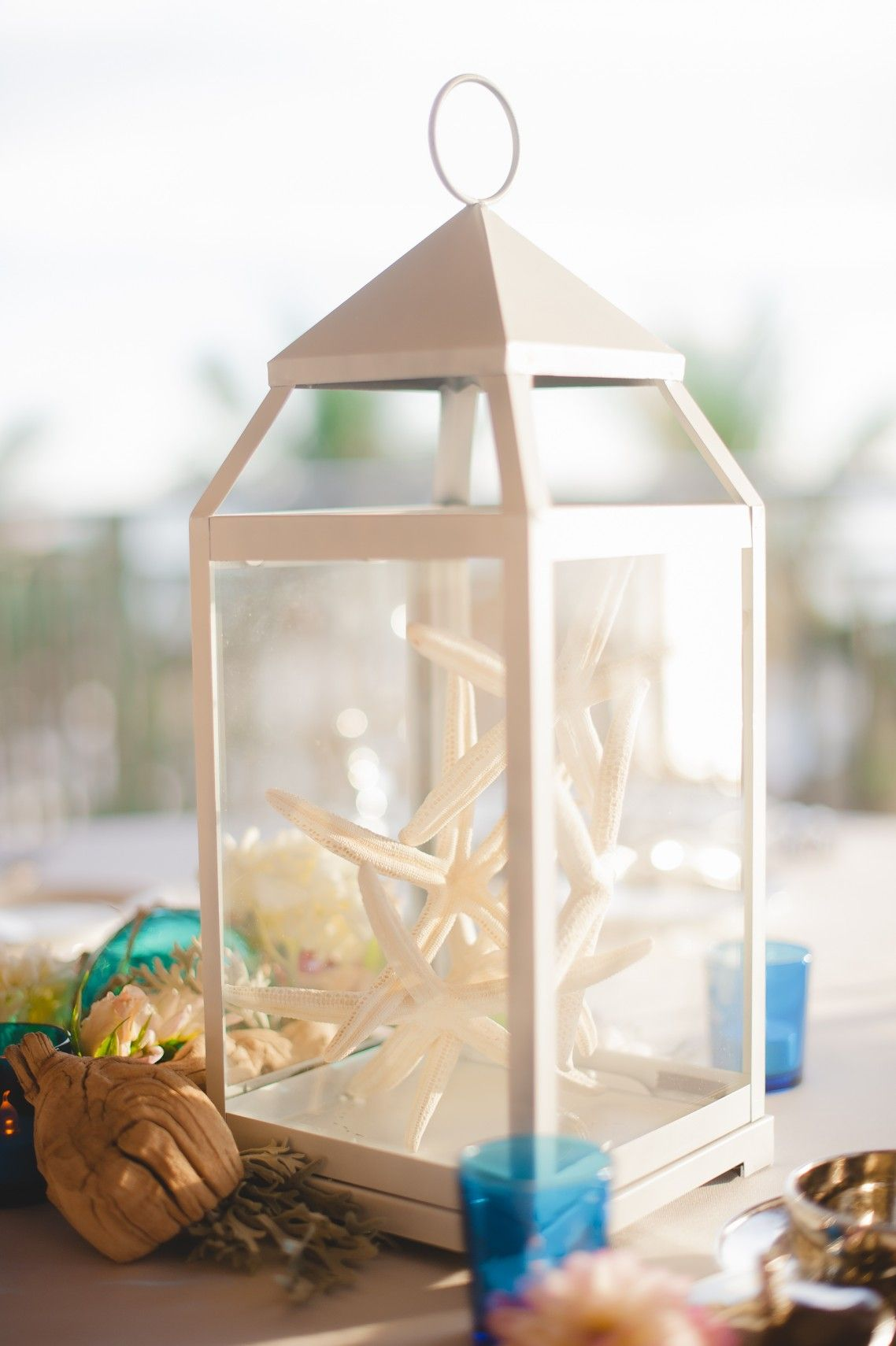 Lantern wedding centerpiece | Wedding Centrepieces | Pinterest ...