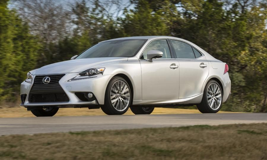 2015 Lexus IS adds LEDs, Siri and an upgraded cabin (With