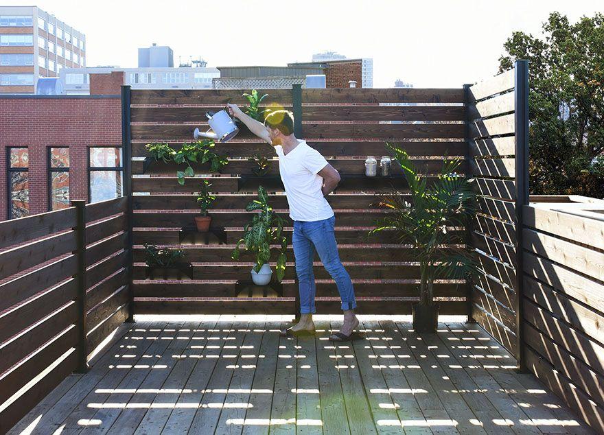 Annexe crans urbains aluminium rampes cloisons confort bac plantes c dre moderne contemporain for Terrasse moderne contemporain