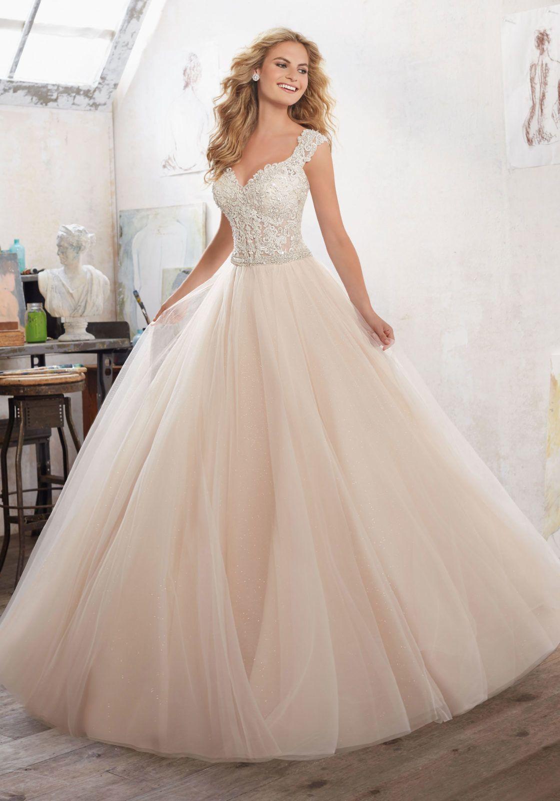 a6286261e19f MoriLee Marigold 8126 – Anina Brud & Festspecialisten  Bröllopsklänningsstilar, Brudskor, Brudklänningar 2018, Drömklänning