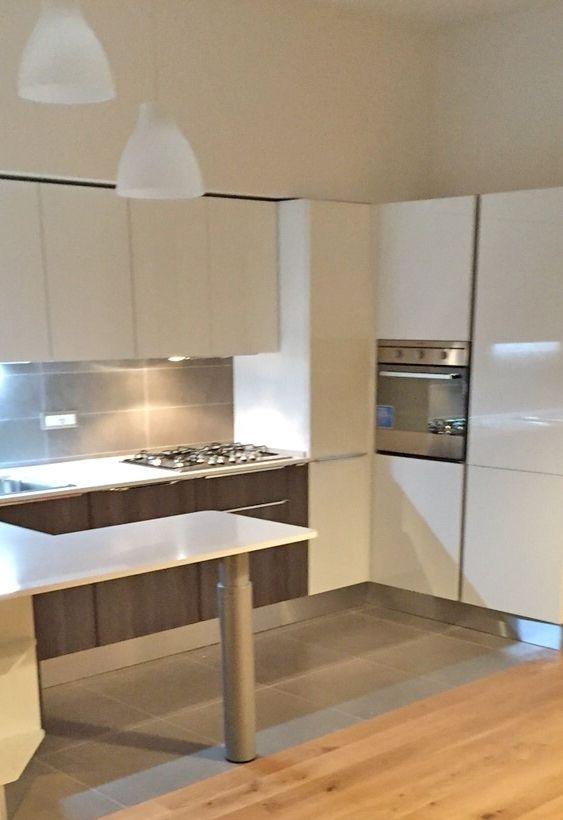Kichen design, House Design. Cucina a ferro di cavallo modello Urban ...