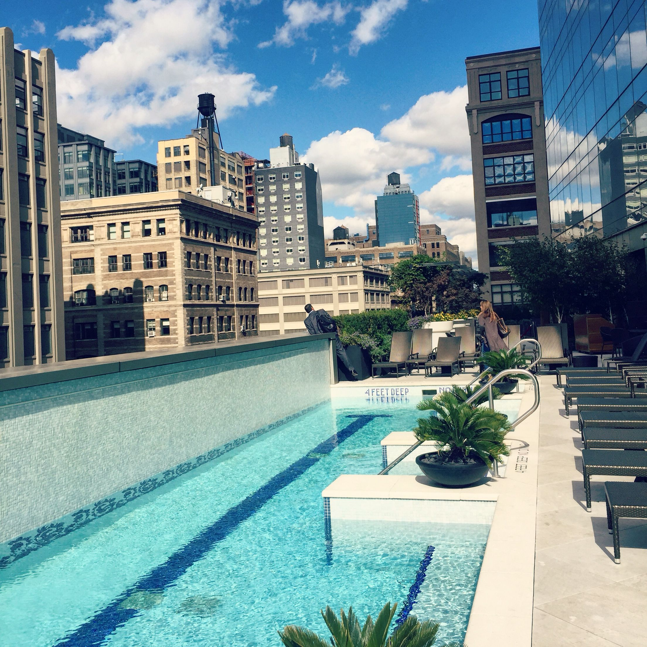 Rooftop Pool At The Trump Tower In Soho New York City New York Beautiful View Cool Pools Beautiful Views Rooftop Pool