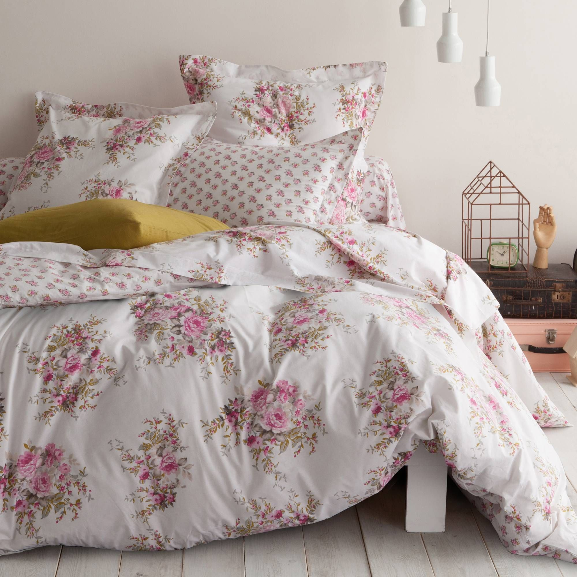 housse de couette coton imprim charming garden charming garden un magnifique imprim. Black Bedroom Furniture Sets. Home Design Ideas
