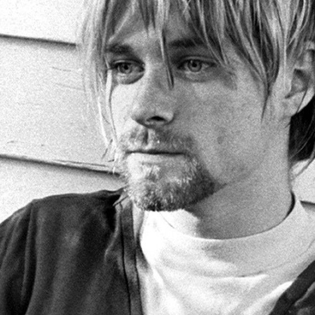 Kurt Cobain, 1990~I love this picture of him real, unkept ...