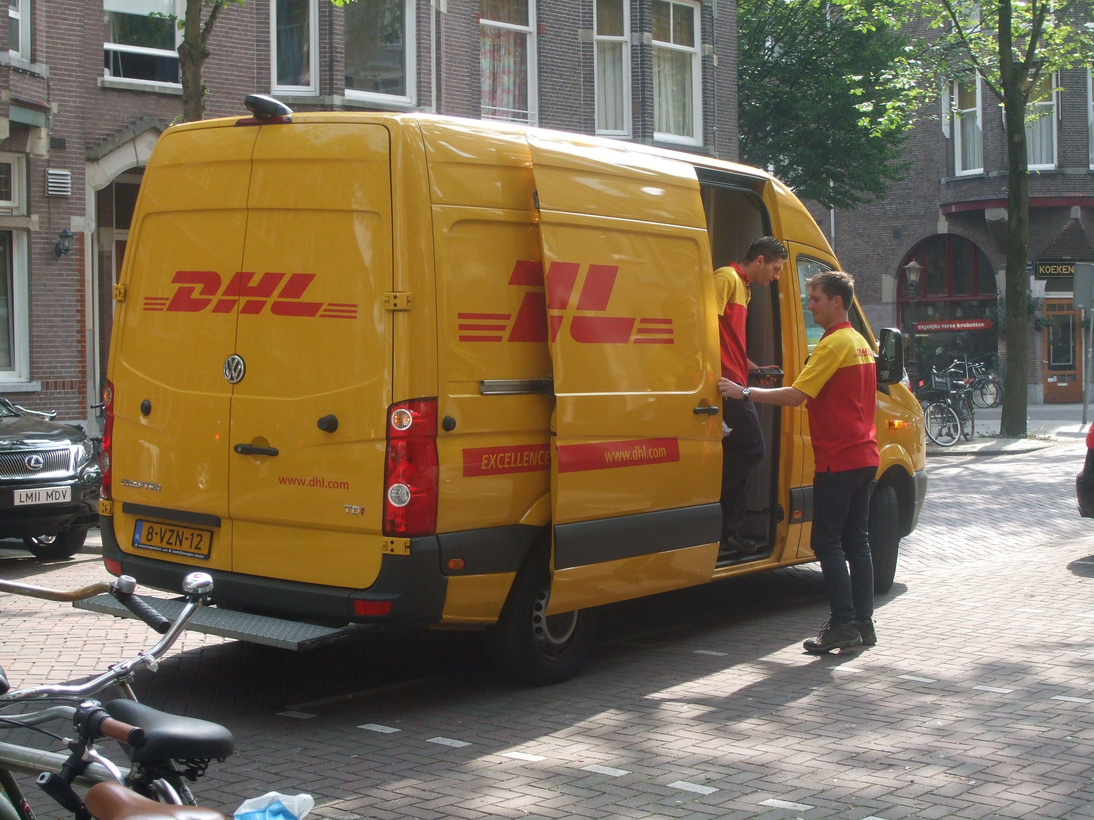 yellow DHL car