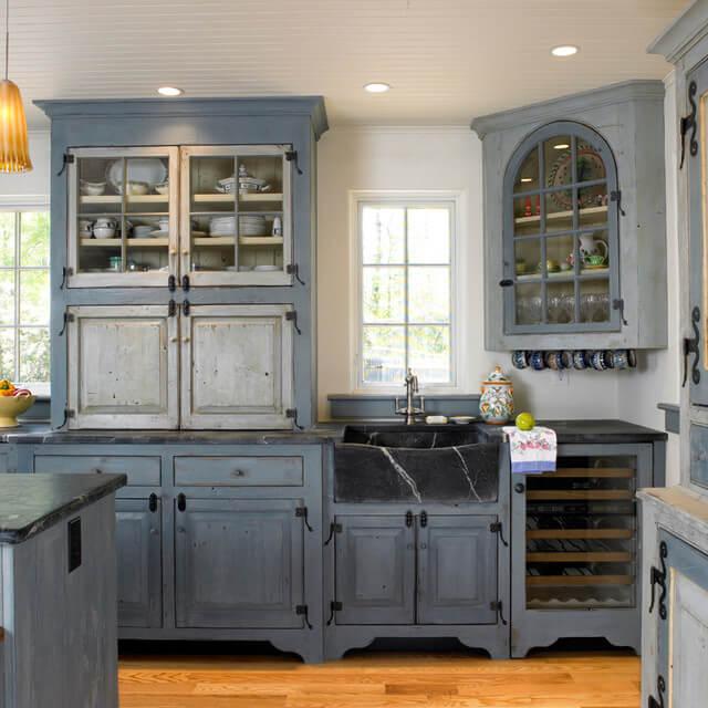 35 Best Farmhouse Kitchen Cabinet Ideas And Designs For 2020 Farm Style Kitchen Modern Farmhouse Kitchens Kitchen Cabinet Design
