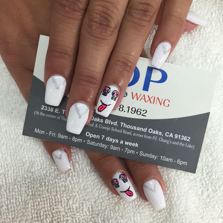 Coffin nails #nailart #psycho #white #nails #beauty
