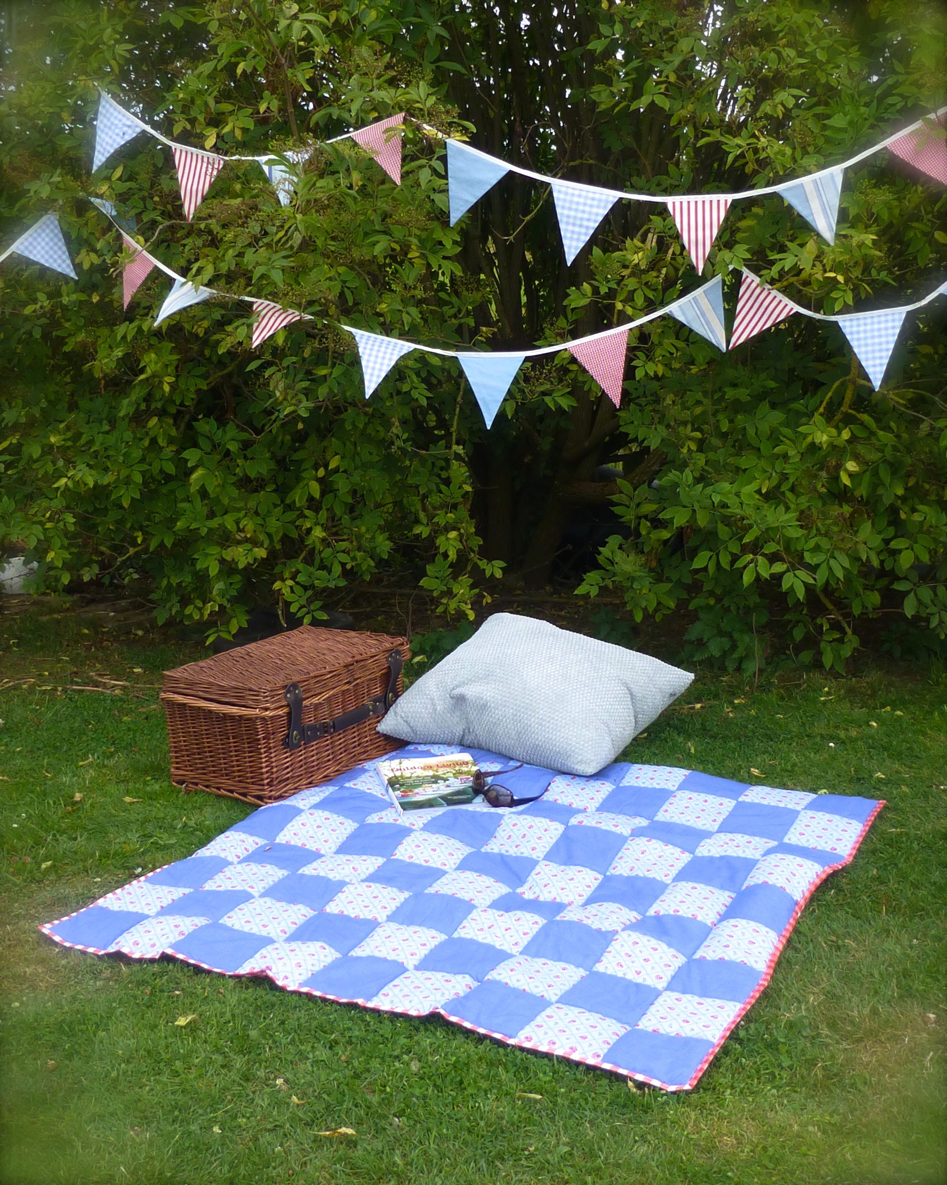How To Make A Patchwork Picnic Blanket Rug With Waterproof