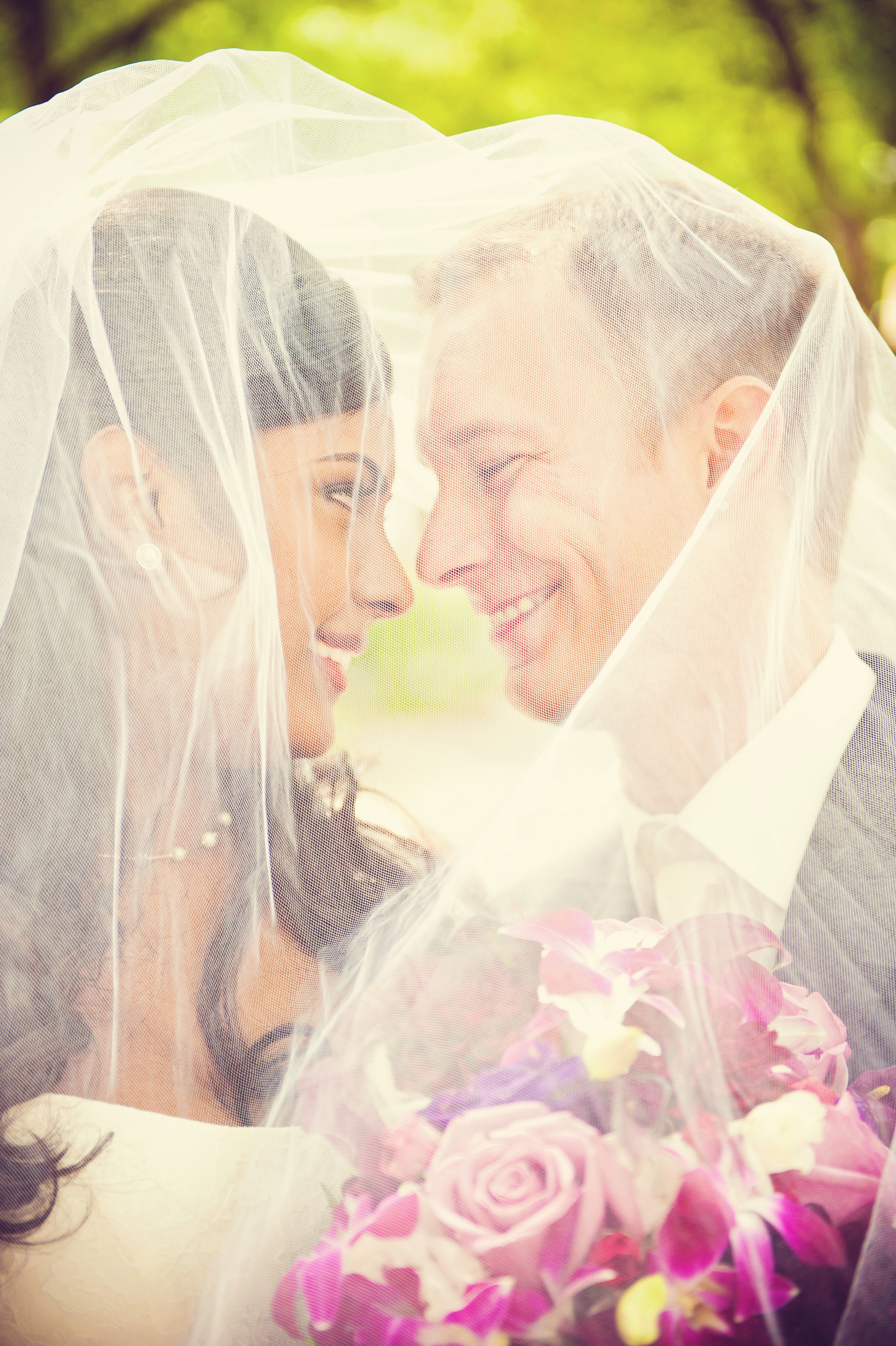 These veil pictures are so so cute weddingphotographersminnesota