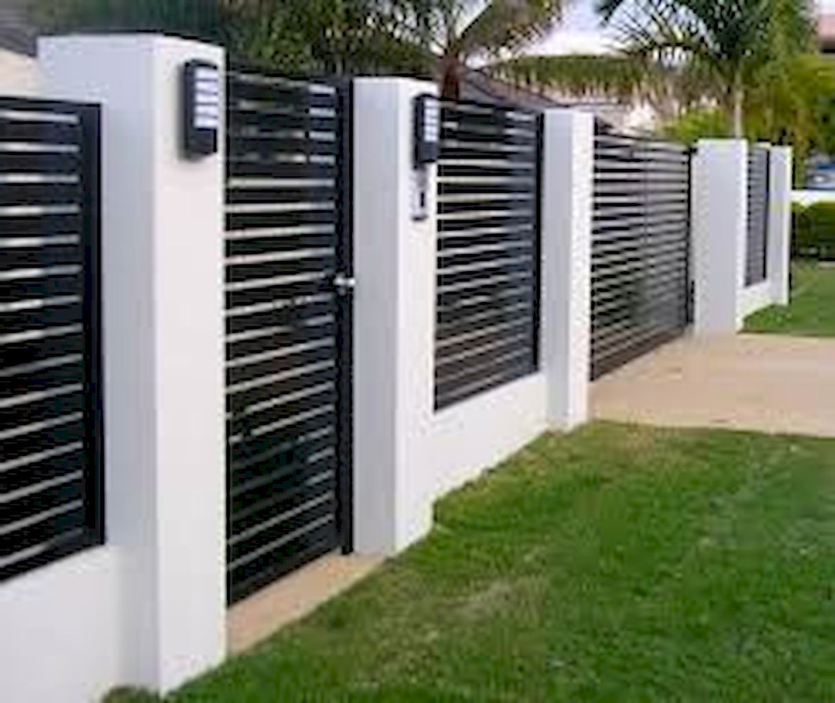 Awesome Garden Fencing Ideas For You To Consider Home To Z Modern Fence Design Fence Design Privacy Fence Designs