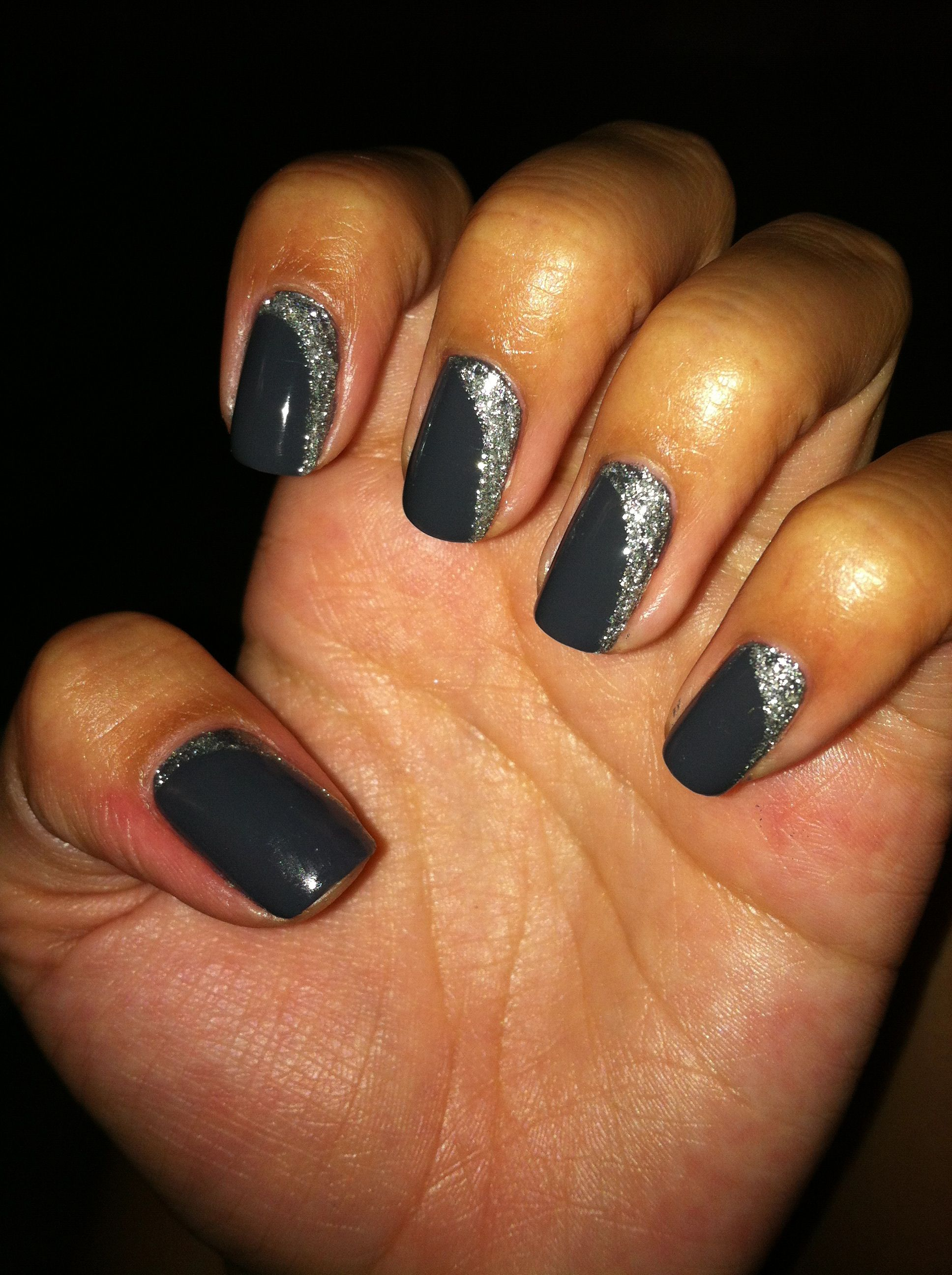#asphalt #shellac # CND #nails Pretty :)