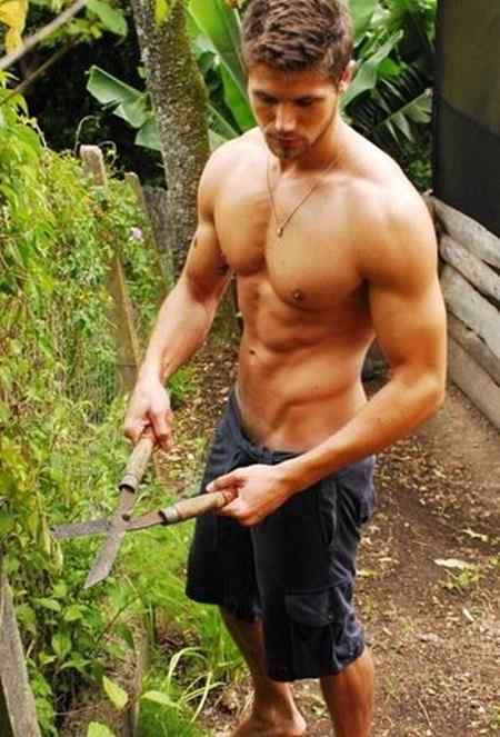 Hunk gardeners cant stand the heat outside