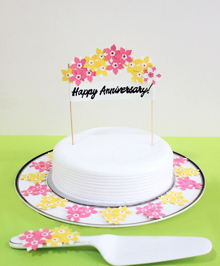 Diy Cake Stand And Topper The Craftables Diy Cake Stand Happy Anniversary Cakes Diy Cake Topper