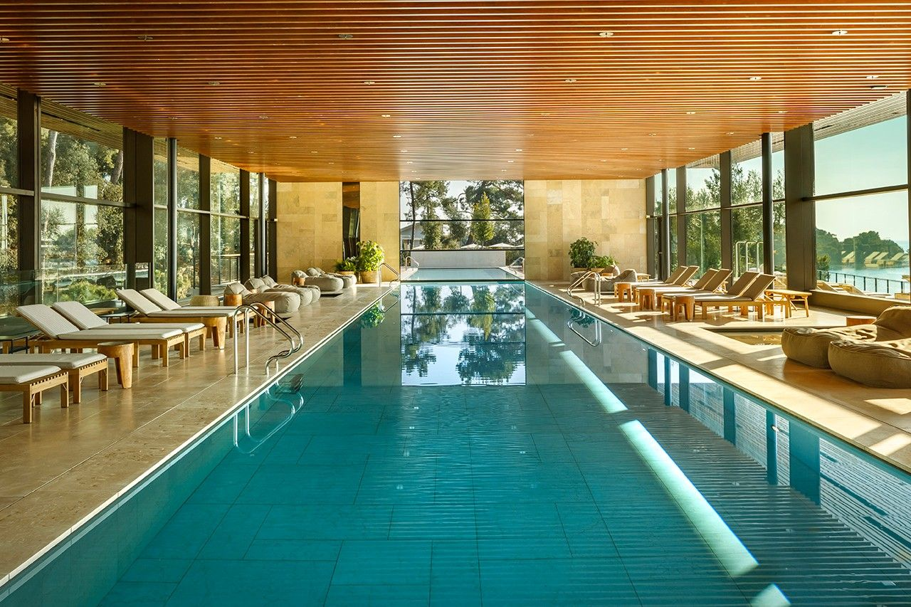 A Look Inside Grand Park Hotel S 5 Star Albaro Wellness Spa Park Hotel Wellness Spa Most Luxurious Hotels