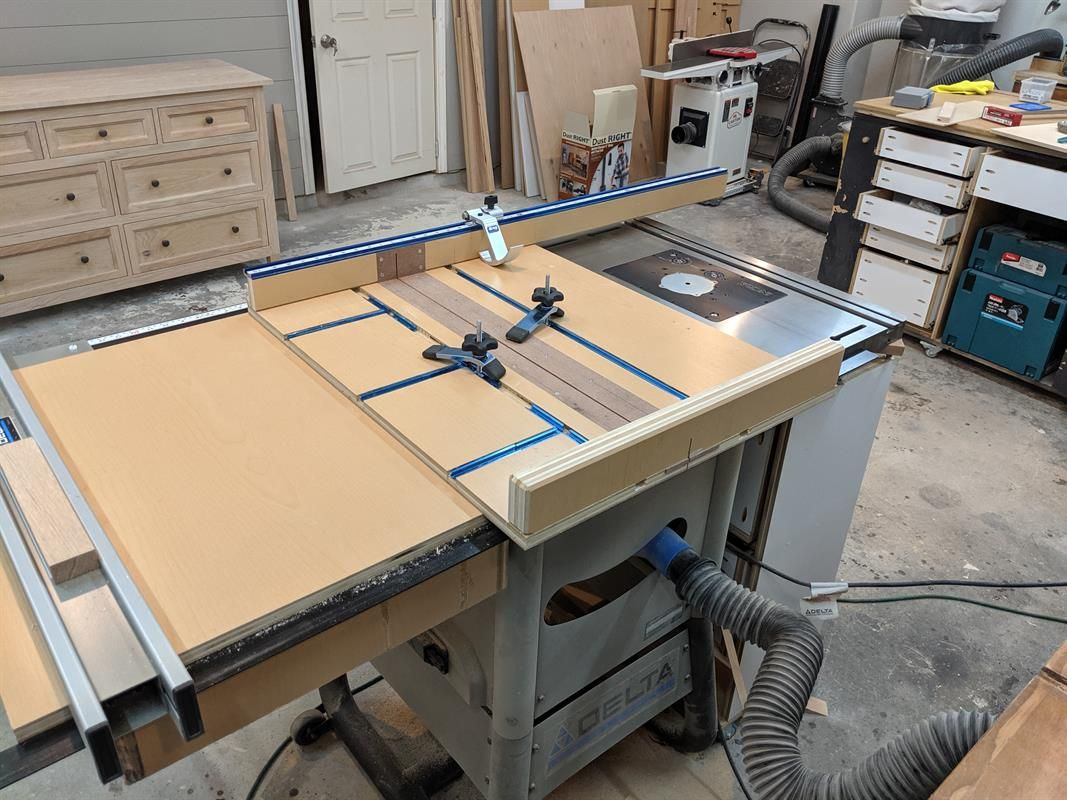 This Crosscut Sled Is A Versatile Sled That Features Kreg Top Trak Extension Fence And T Track I Designed This Home Made Table Saw Delta Table Saw Table Saw