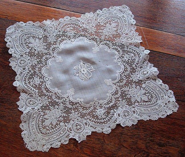 Ladies Lace Handkerchiefs