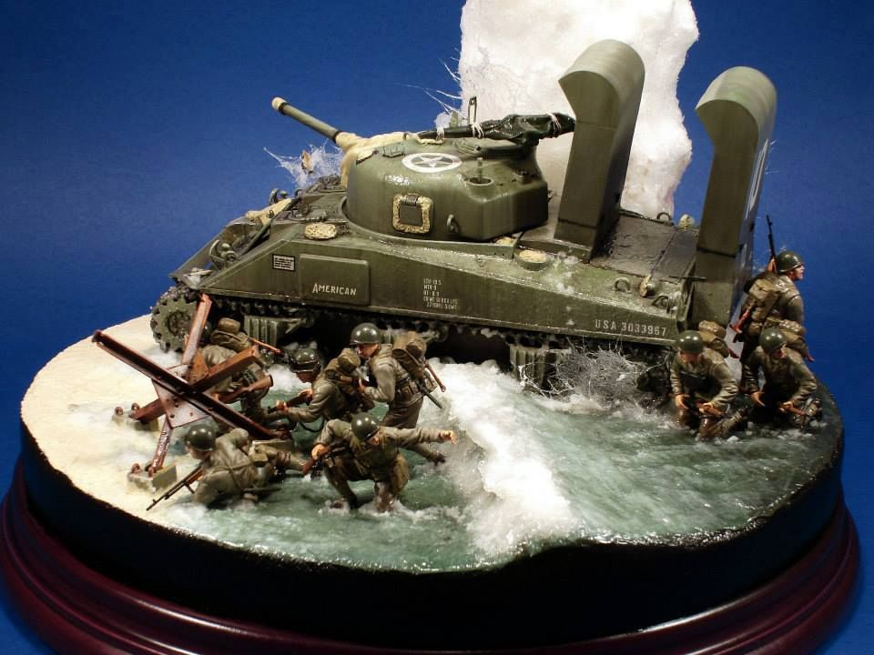 """1/35th scale diorama by Jose Brito titled: """"Omaha Beach, Easy Red Sector, 741st Tank Battalion, """"A"""" Company, Tank """"10"""" 1st Infantry Division, 16.º Regimental Combat Team, E Company"""" More images of this diorama can be viewed in our Gallery at http://www.michtoy.com/spip-3-0-5/?-Collector-s-Area-"""