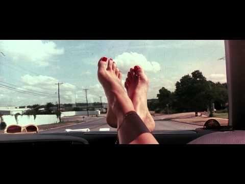 """Inicio de """"Death Proof"""" (2007) de Tarantino"""