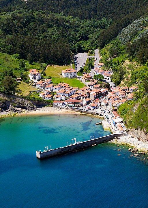 Tazones asturias pueblos con encanto viajar por espa a for Lugares turisticos para visitar en espana