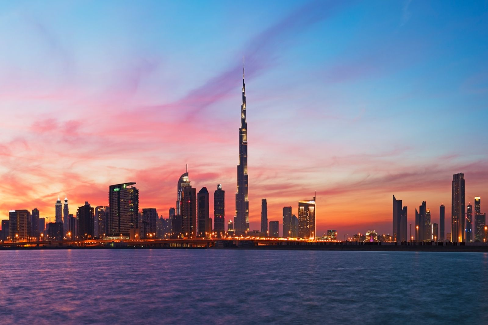WHY TO SPEND YOUR LEISURE HOLIDAYS IN DUBAI Dubai