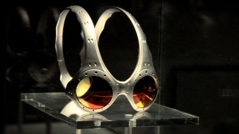 e138fd192f781 n Oakley Medusa, Sunglasses Sale, Frames, Street Styles, Eyewear, Lens,