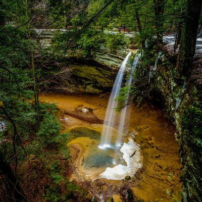 Day Hikes You Must Add To Your Bucket List Hiking Ohio And - The 10 best day hikes in canada