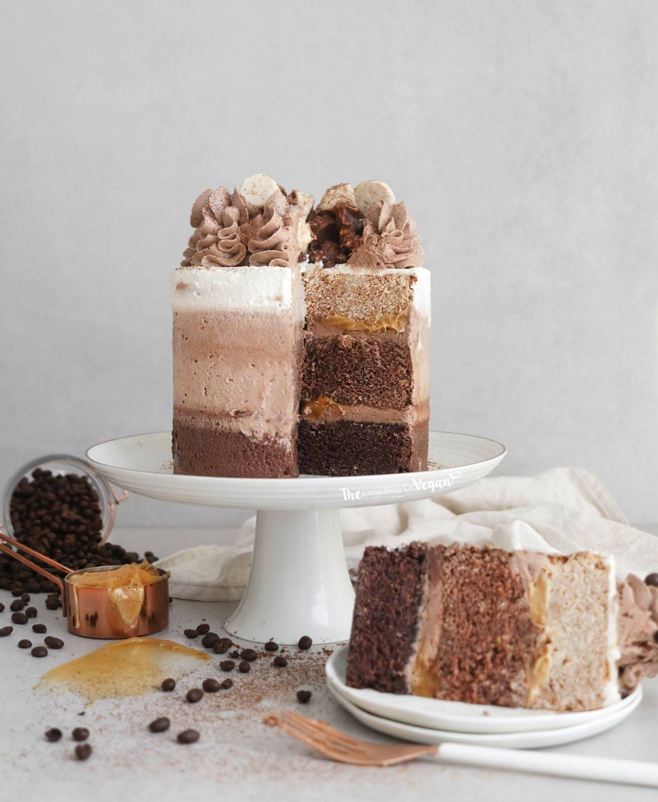 Chocolate Coffee Ombre Cake Vegan Coffee Cakes Chocolate Cake With Coffee Coffee Cake Recipes