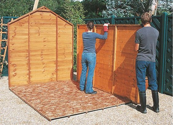 Comment construire son abri de jardin en bois astuces et photos jardin - Construire son propre abri jardin ...