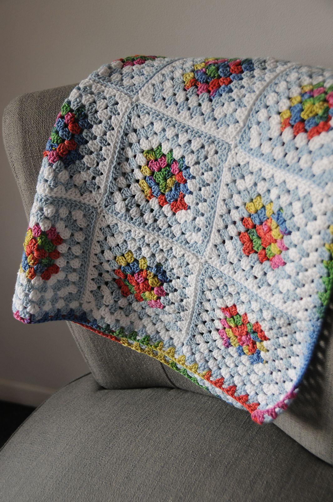 melizabeth\'s Kaleidoscope Squares ~ Pretty color combination using ...