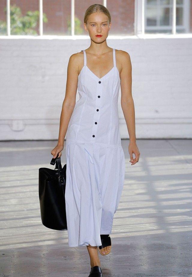 d82ecf19c Os melhores vestidos brancos da NYFW