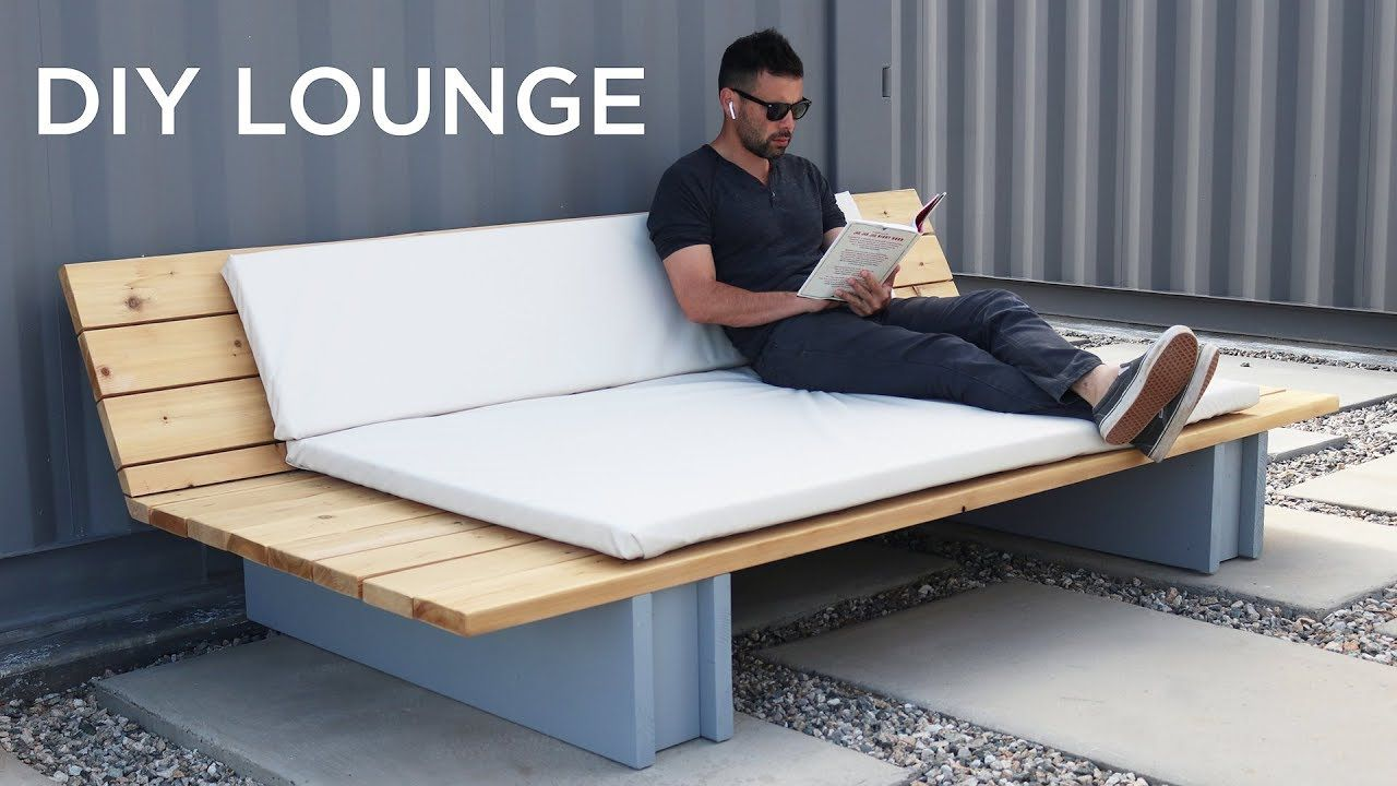 DIY Outdoor Lounge Sofa - This DIY Outdoor Sofa or Lounge can be