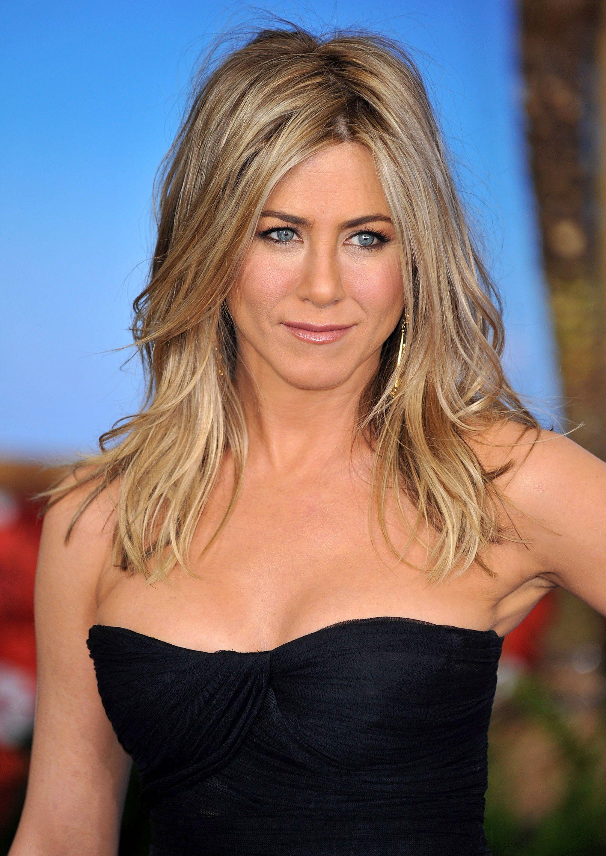 The Rachel Jennifer Aniston s Hair Transformation