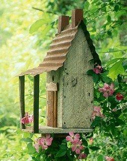 voil de jolis nichoirs oiseaux des abris originaux et fonctionnels pour nos amis plumes. Black Bedroom Furniture Sets. Home Design Ideas