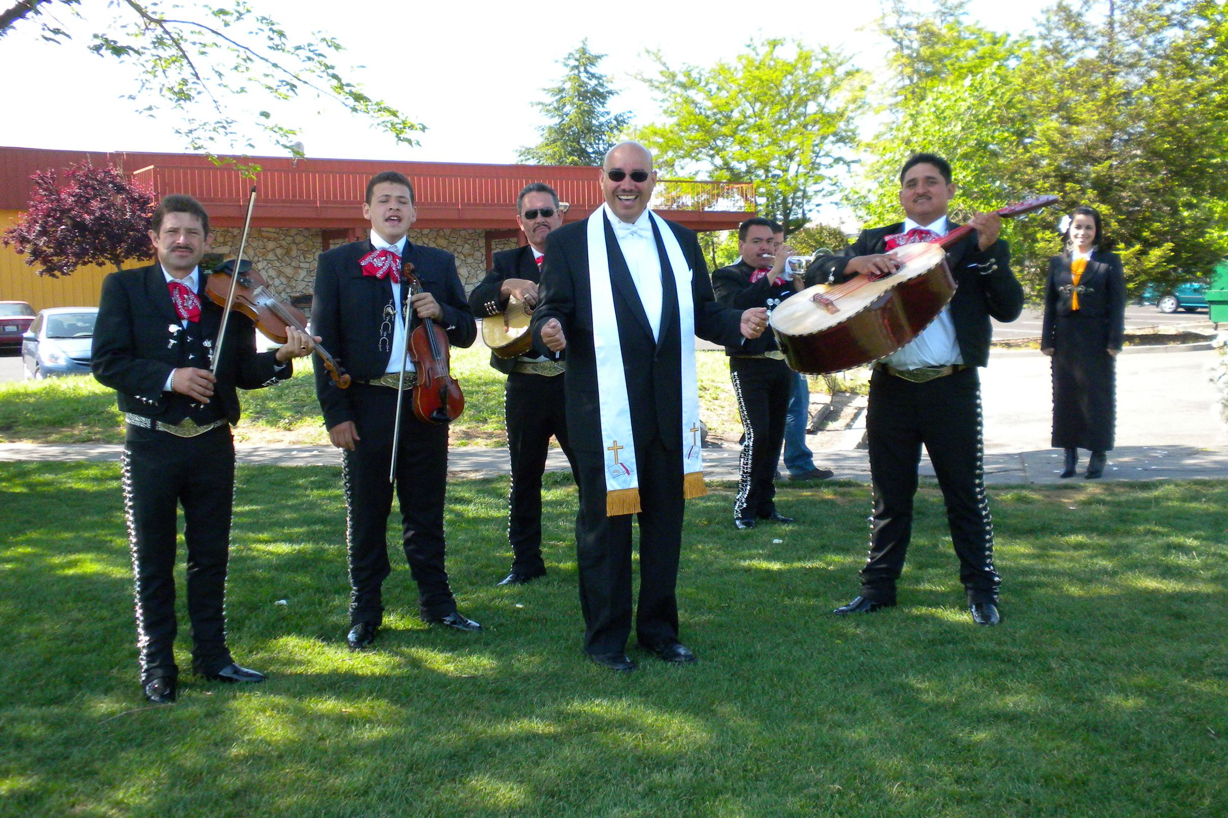 Best bilingual wedding minister in napa www