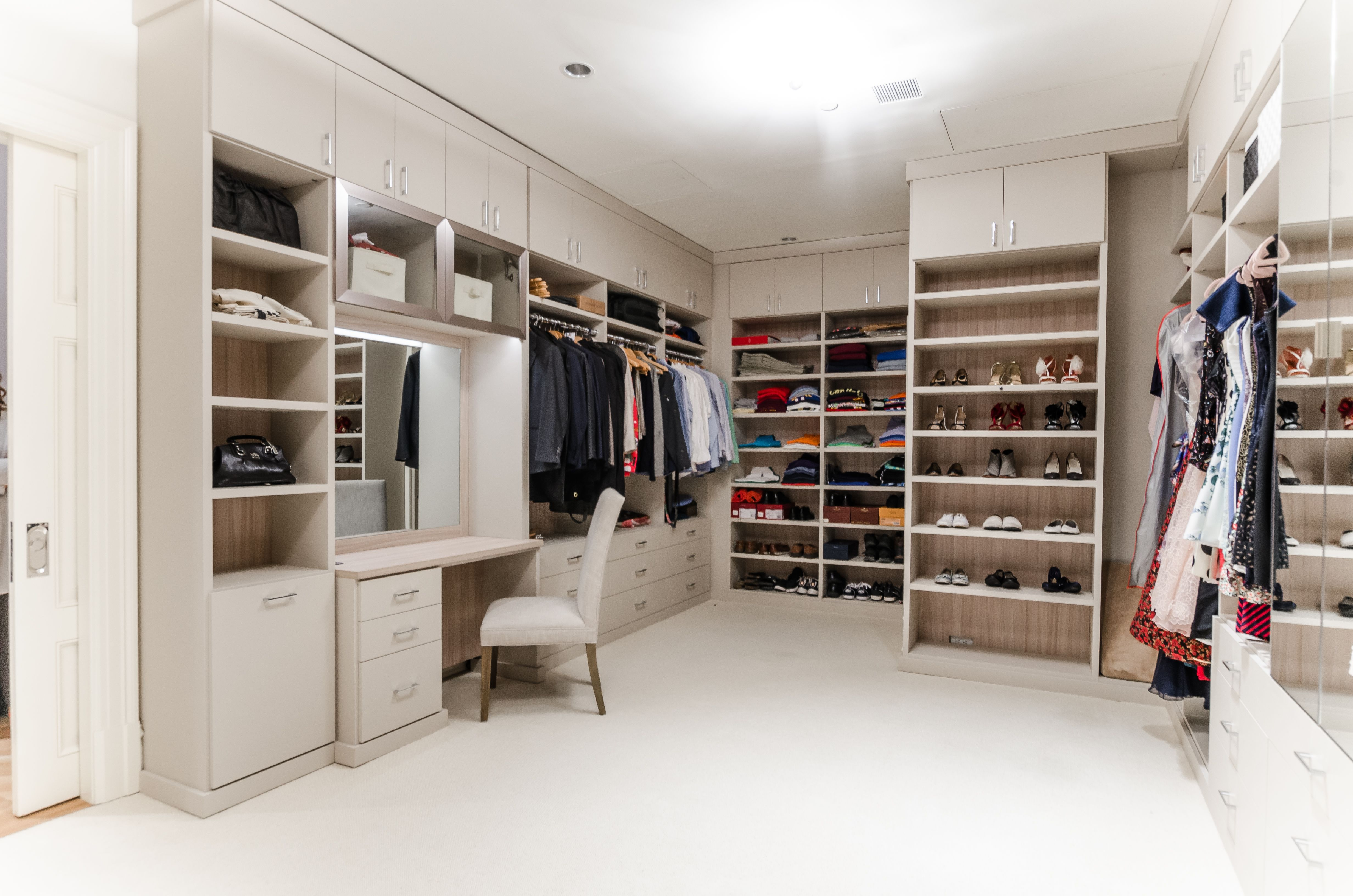 This Tribeca Walk In Closet Was Designed By Alexis Williams A Designer At California