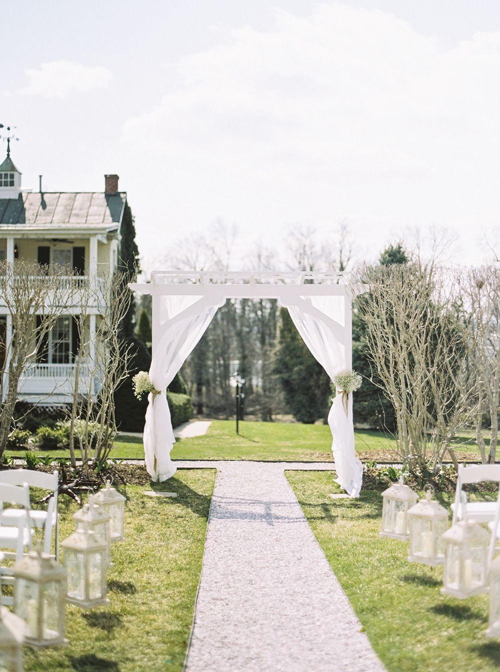 Photography: Kirsta A. Jones - kristaajones.com/  Read More: http://www.stylemepretty.com/2014/07/28/romantic-spring-wedding-at-historic-hotel/