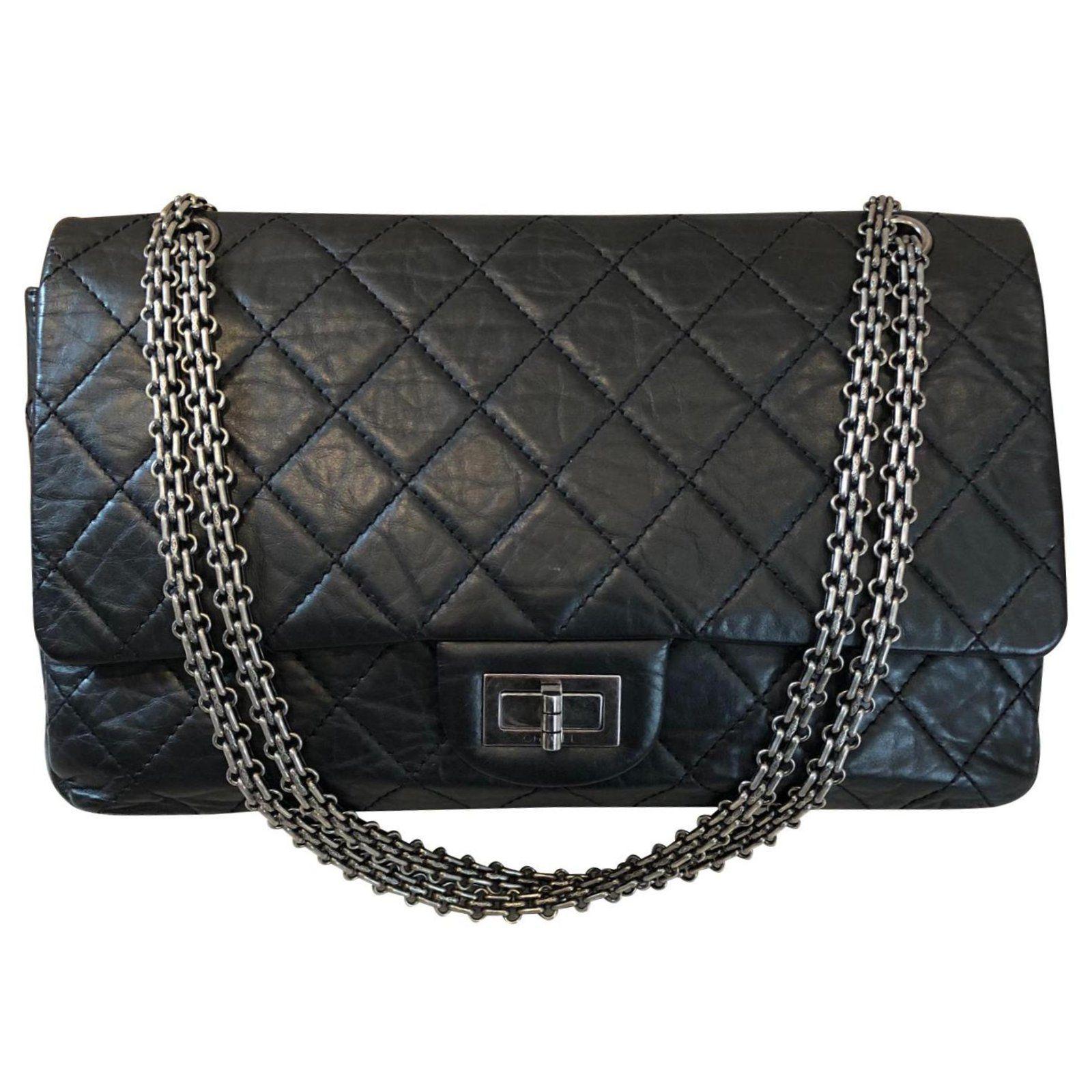 cdab79e6d4b5 Sacs à main Chanel Reissue 2.55 Cuir vernis Noir ref.111158 - Joli Closet