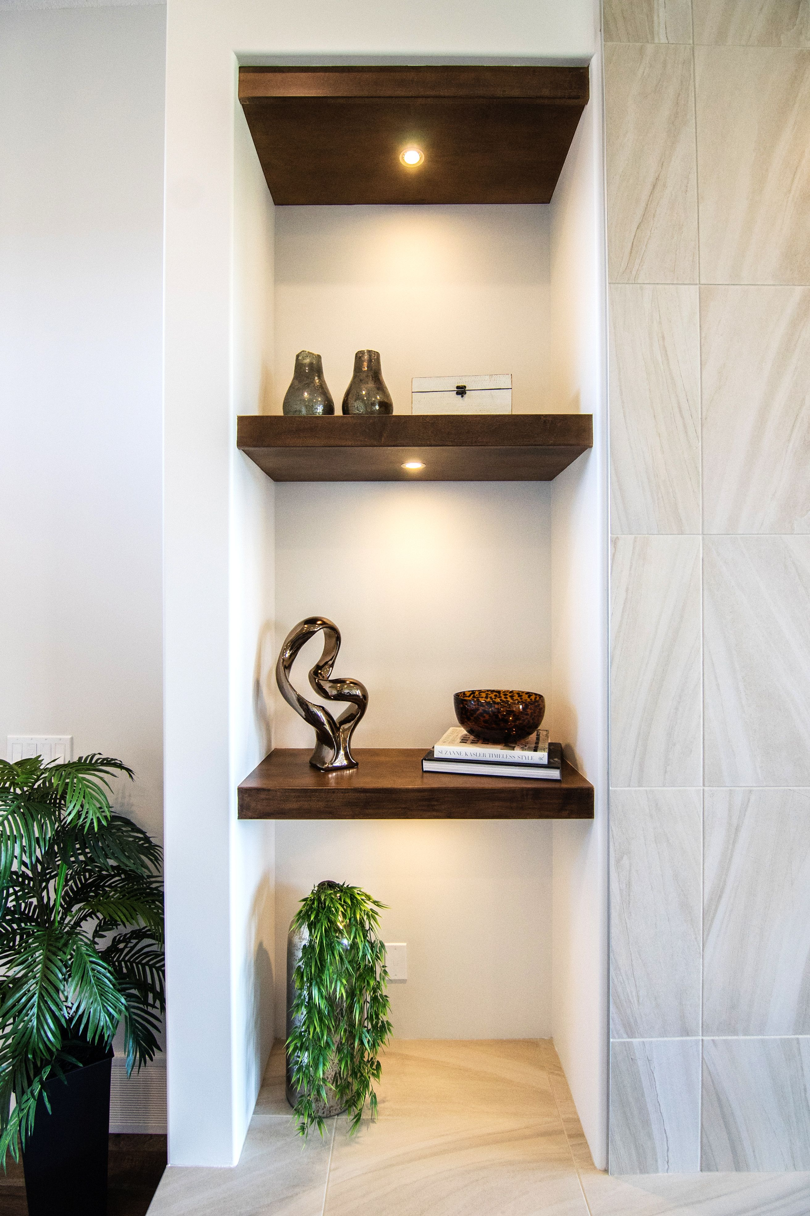 """Stylish and modern shelves. Dolce Vita Homes """"Marquee II"""