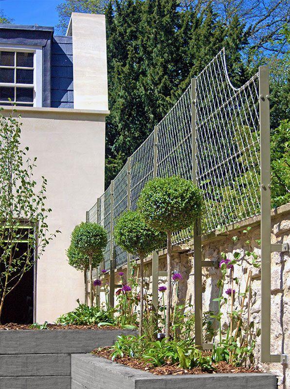 Solid Weatherproof English Wirework Wall Garden Trellis