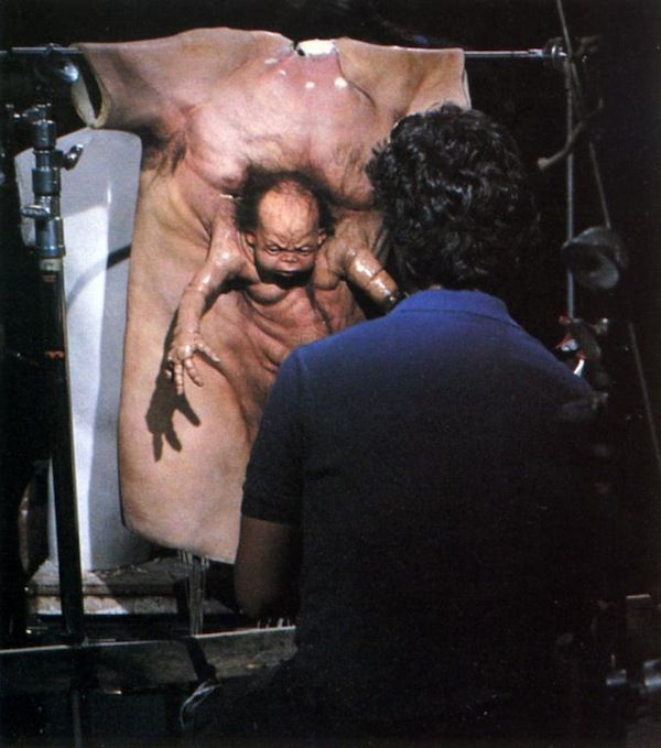 Kuato Fx On The Set Of Total Recall Movie Magic Pinterest