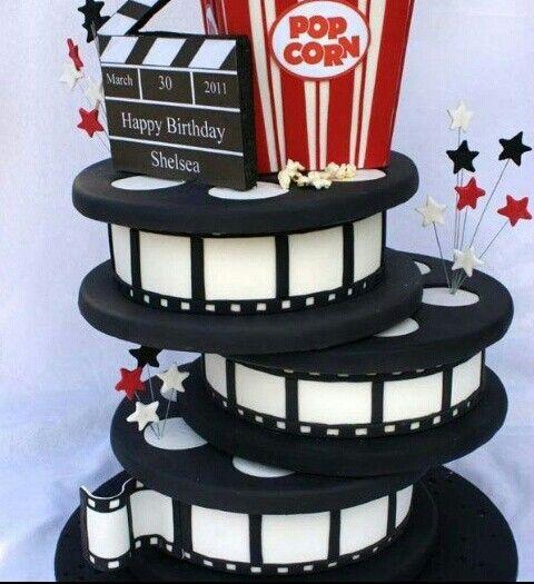 Un pastel con el tema del cine