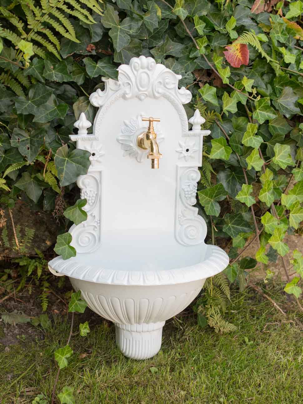 Waschbecken Brunnen Wandbrunnen 72,5cm Alu Garten im antik Stil weiss fountain