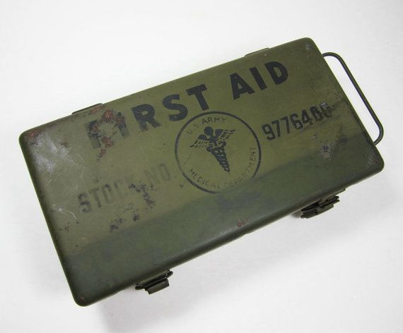 Vintage Army Military WWII First Aid Medical Kit Steel Box Field