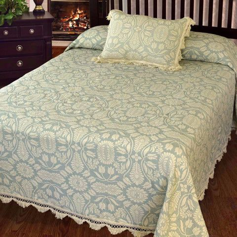 Limited Edition: Maroon Colonial Rose Bedspread