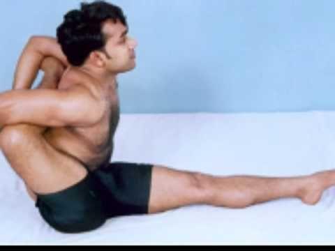 yogi chetan mahesh performing amazing poses  yoga
