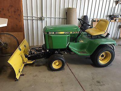 John Deere 318 Lawn Tractor https://t.co/1oSitZJl9J https://t.co/avKT550Ro5