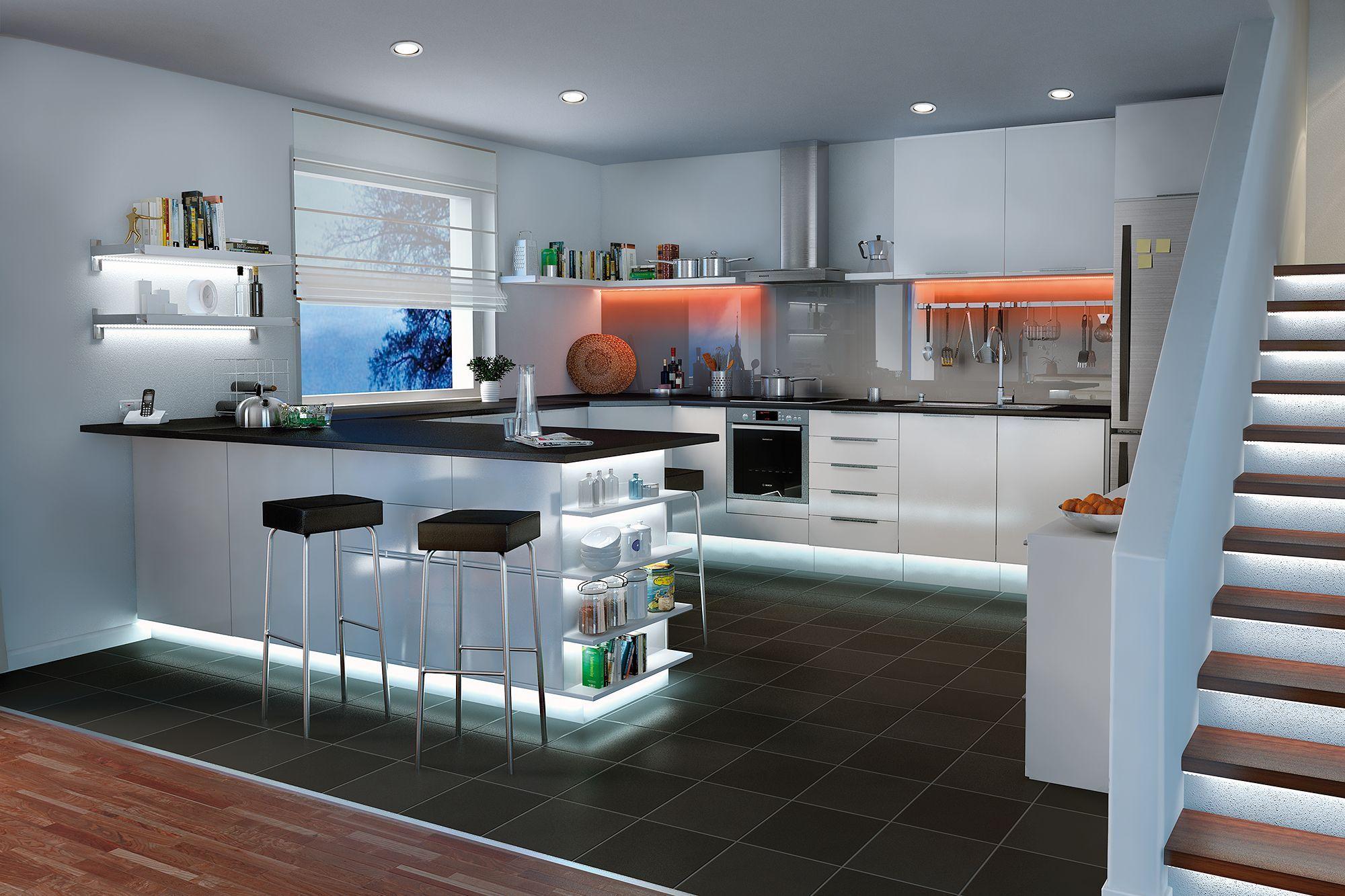 Bist Du Auf Der Suche Nach Beleuchtung Deiner Küche ? Die LED Lampen Auf  Der Decke Sind Eine Gute Lösung. #LEDs #Lampe #Küche #Beleuchtungsidee  #LampDecke