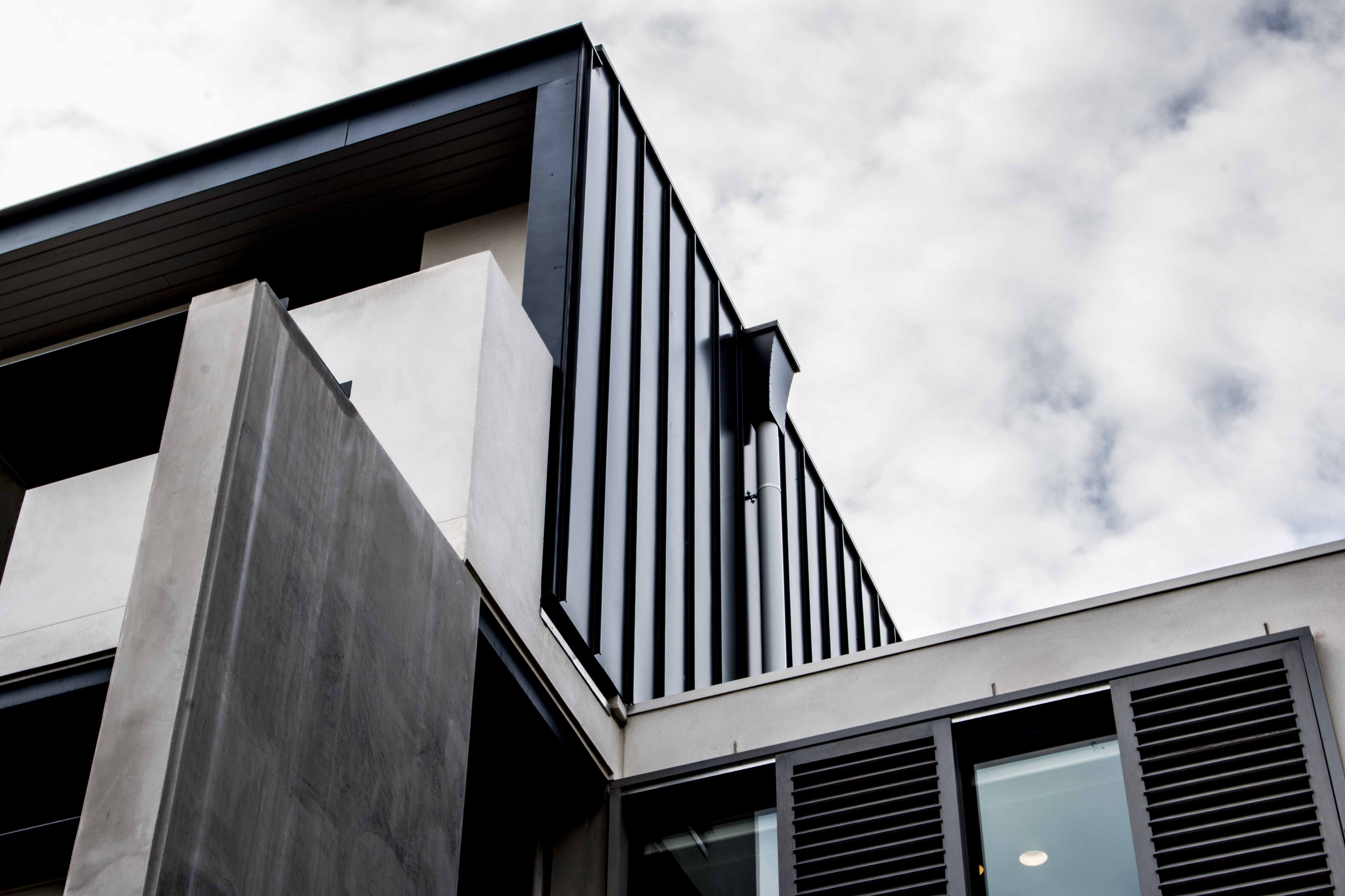 Brookville Road Apartments Features Our Standing Seam Wall Cladding Panel System In Colorbond Steel S Woodland Gr Metal Cladding Cladding Systems Roof Cladding