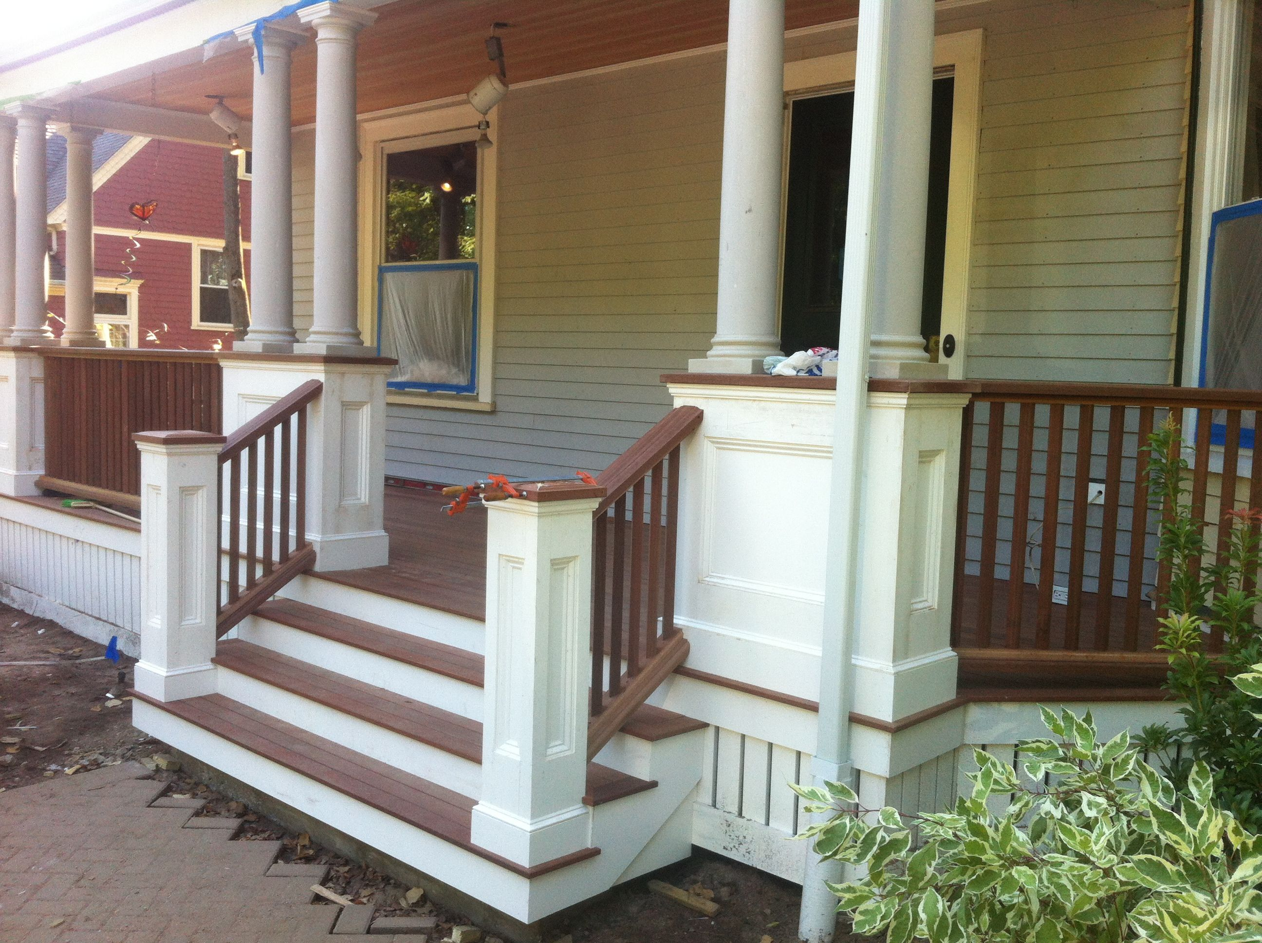 Best Front Porch Stairs For The House This Could Be Done 400 x 300