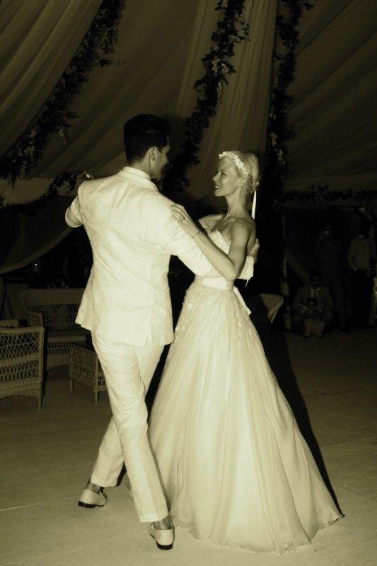Such A Gorgeous Wedding Photo Fashion Designer Erin Fetherston And Gabe Saporta